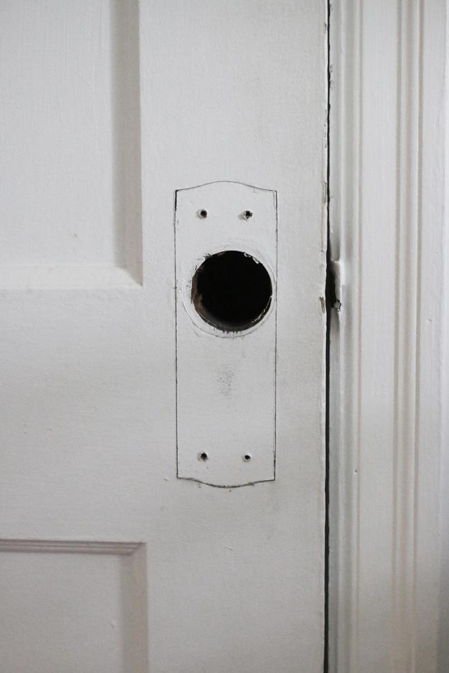 Removing existing Doorknob.